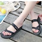 Platform Loop-toe Slide Sandals