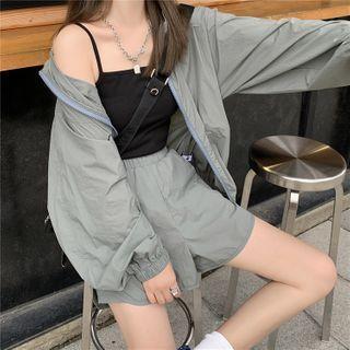 Long-sleeve Loose Fit Zipped Jacket / Plain Camisole / High-waist Loose Fit Plain Shorts