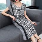 Patterned Sleeveless Sheath Midi Dress