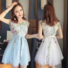 Sleeveless Embroidery Belted Dress