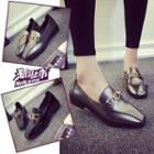 Chain Detailed Low Heel Loafers