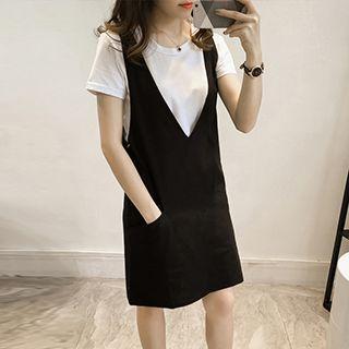 Set: Short-sleeve T-shirt + Jumper Dress