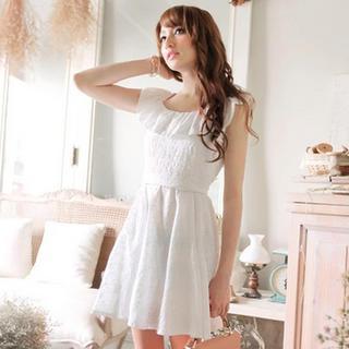 Sleeveless Ruffle Lace Dress