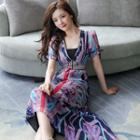Short-sleeve Patterned Midi Chiffon Dress