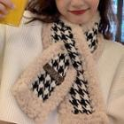 Houndstooth Shearling Scarf