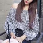 Long-sleeve Off Shoulder Plaid Top