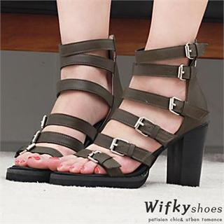 Buckled Chunky-heel Pumps