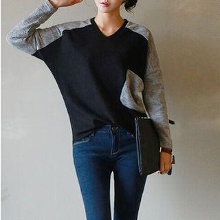 Long-sleeve Contrast-color Top Black - One Size