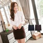 Plain Skirt With Belt
