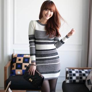 Long-sleeve Color-block Knit Dress