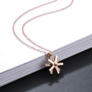 Snowflake Pendant Necklace Rose Gold - One Size