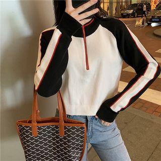 Color Block Zip Placket Knit Cropped Top