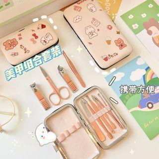 Set Of 7 / 12 : Manicure Kit