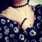 Set: Flower Choker + Bracelet