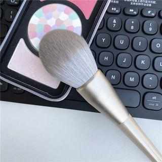 Blush Brush 78 - Gold - One Size