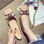 Square-toe Chain Flats