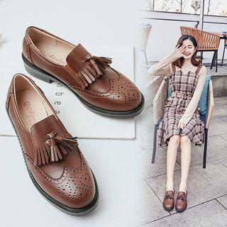 Wingtip Tassel Loafers