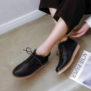 Lace Trim Oxford Shoes