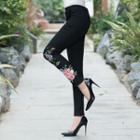 Floral Embroidery Skinny Pants