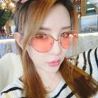 Retro Cat Eye Metal Frame Sunglasses