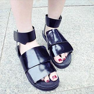 Cross-strap Flat Sandals