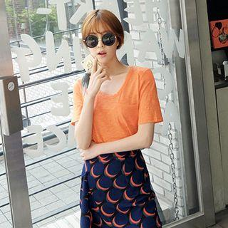 Set : Short-sleeve T-shirt + Printed Skirt