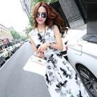 Sleeveless Printed Tie-waist Dress