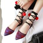 Lace-up Pointy-toe Flats