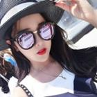 Metal Nose Bridge Sunglasses