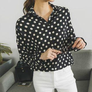 Dip-back Dotted Blouse