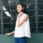 Sleeveless A-line Shirt
