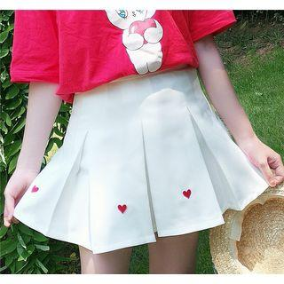 Heart Embroidered Pleated Skirt