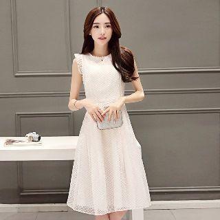 Sleeveless Ruffled Lace Dress