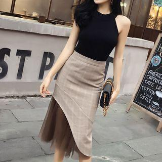 Set: Sleeveless Knit Top + Panel Skirt