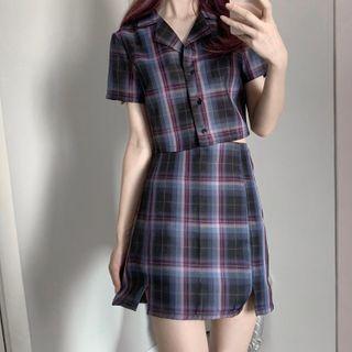 Plaid Short-sleeve Shirt / Mini Pencil Skirt / Set