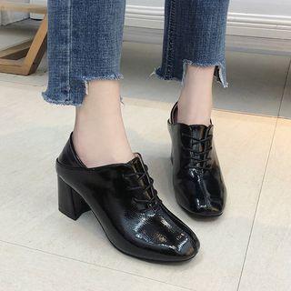 Square-toe Chunky Heel Oxfords
