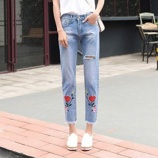 Ripped Embroidered Cropped Jeans
