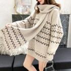 Set: Patterned Oversized Sweater + Knit Scarf