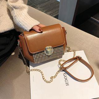 Chain Strap Houndstooth Panel Crossbody Bag