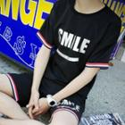 Set: Lettering Short-sleeve T-shirt + Shorts