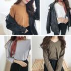 Plain Round-neck /v-neck Long-sleeve Loose-fit T-shirt