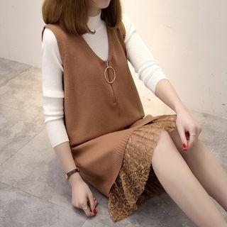 Lace Hem Sleeveless Knit Dress