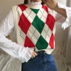 Sleeveless Argyle Print Knit Top