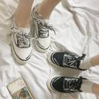 Contrast-trim Lettering Canvas Sneakers