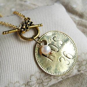 Gold Vintage Coin Pearl Short Necklace
