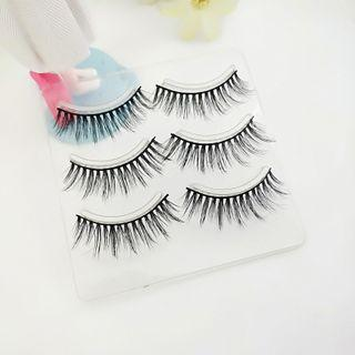Set Of 3 Pairs: False Eyelashes As Shown In Figure - One Size