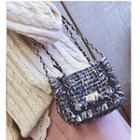 Chain Strap Tweed Shoulder Bag