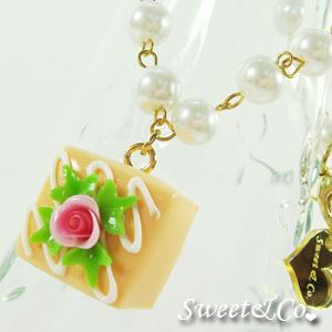 Sweet Orange Rose Chocolate Pearl Necklace