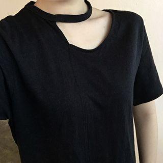 Plain Cutout Short-sleeve Top