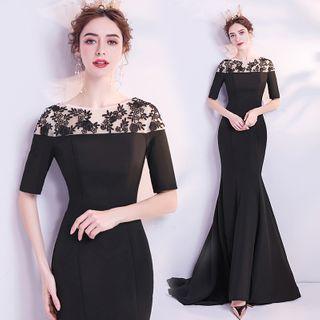 Short-sleeve Floral Applique Mermaid Maxi Dress